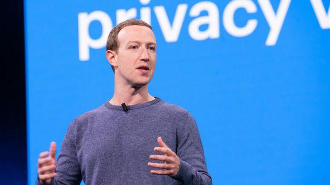 Facebook CEO Mark Zuckerberg gives a presentation.